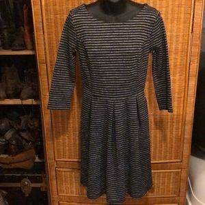 Merona ponte striped dress with pockets M EUC